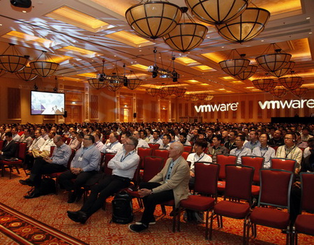 VMWARE TECH SUMMIT 2014